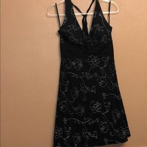 White House Black Market size 2 sundress perfect